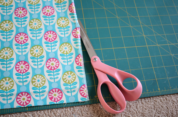 Take ... & Easiest Pillowcase Dress Ever | Sew Like My Mom pillowsntoast.com