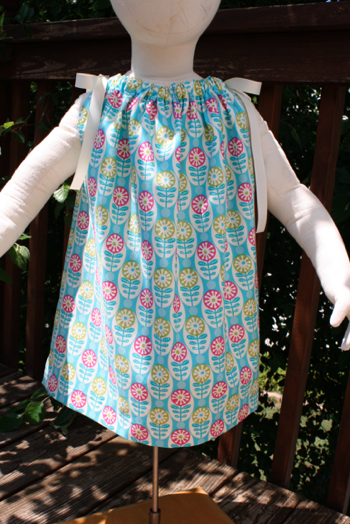 Serger Pillowcase Dress Tutorial: Easiest Pillowcase Dress Ever   Sew Like My Mom,